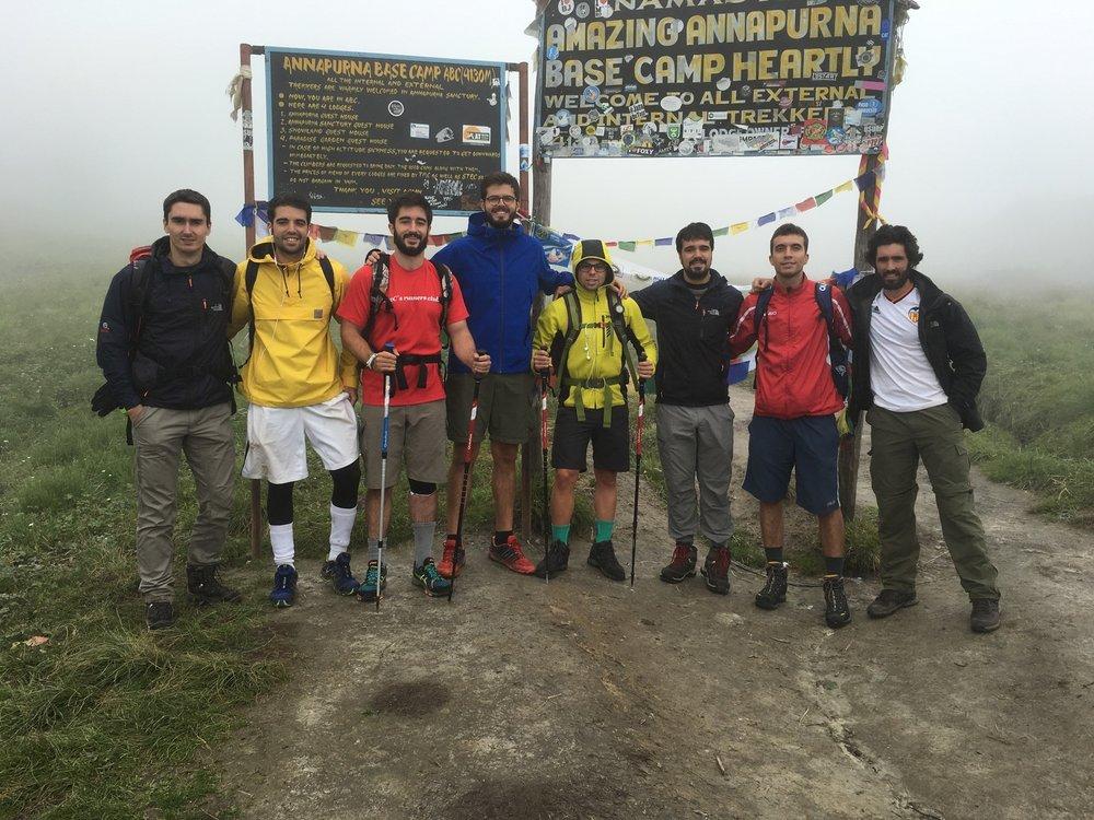 Campamento-base-del-Annapurna-(4.130m)