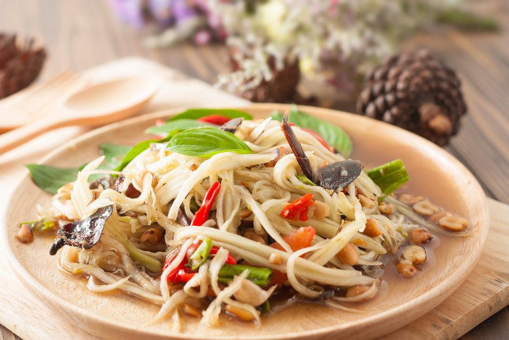 ensalada-SomTamThai-gastronomía-tailandesa