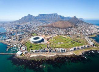 vista aerea de cape town desde un helicoptero en un viaje a Sudafrica