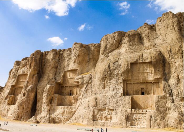 viaje-iran-Naqsh-e-Rostam