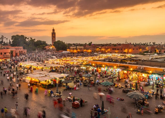 viaje-marruecos-plaza-yammaa-el-fna