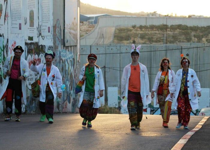 viaje-palestina-payasos