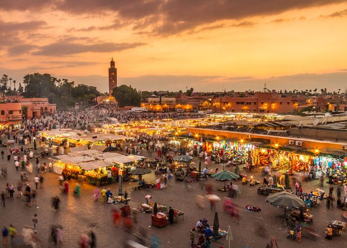 viaje-a-marruecos-imprescindible-marrakesh-mercado-medina