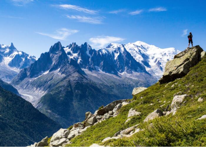 viajes-solo-aptos-amantes-naturaleza-trekking-mont-blanc-francia