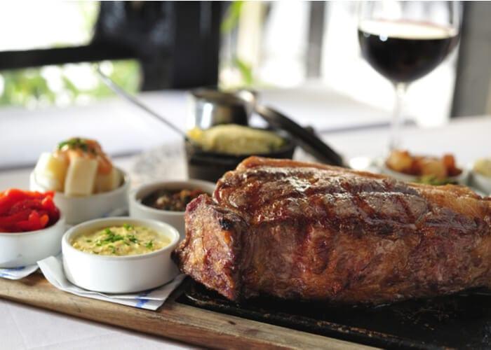 viaje-a-argentina-gastronomia-asado-y-vino-argentino