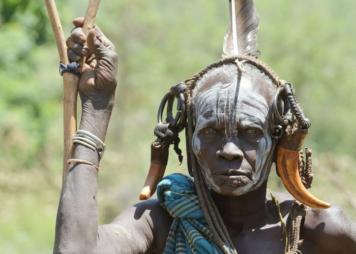 viaje-a-etiopia-tribu-mursi