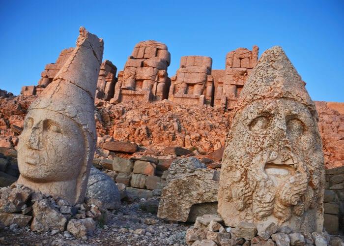 viaje-a-turquia-diferente-monte-nemrut