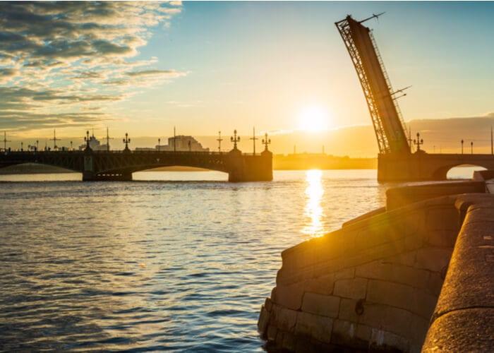 viaje-san-petersburgo-puerto
