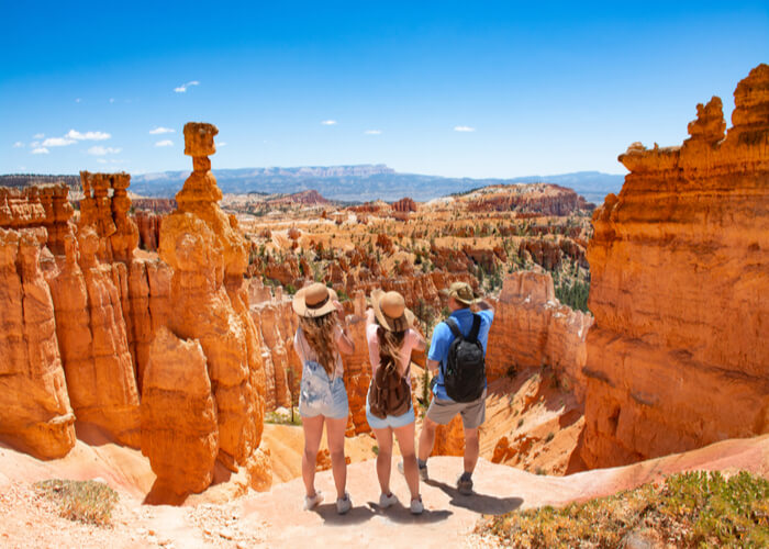 Familia de viaje en Utah, Estados Unidos