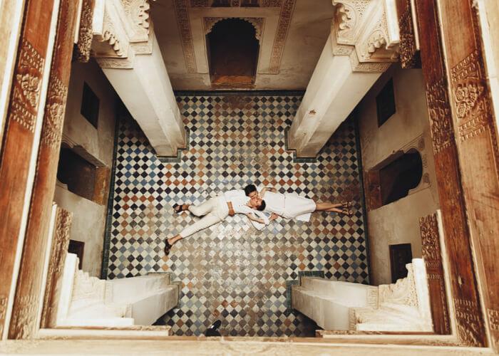 pareja de viaje romántico en Marrakech, Marruecos