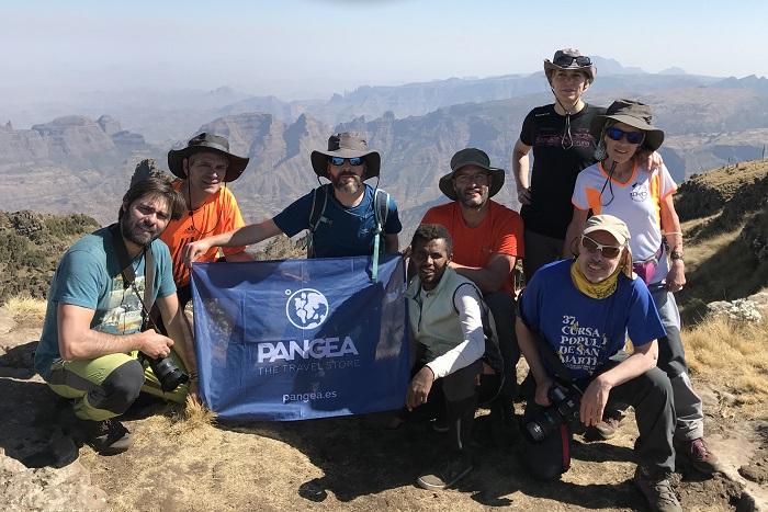 viaje-autor-etiopia-grupo