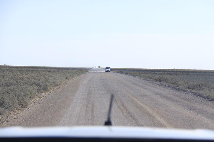 viaje-safari-namibia-coche