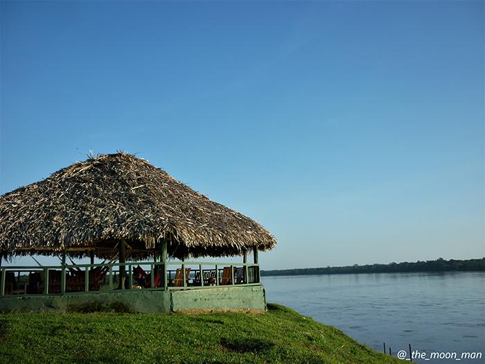 viaje-amazonas-Cabaña