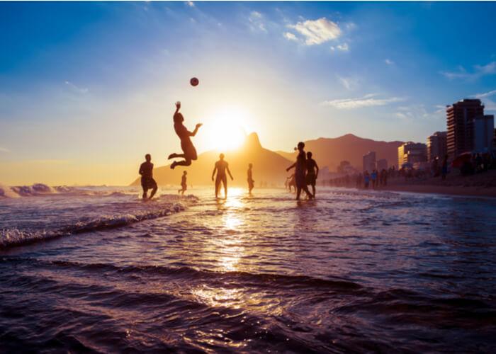 rio-janeiro-ipanema-futbol