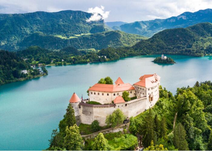 viaje-eslovenia-castillo-bled
