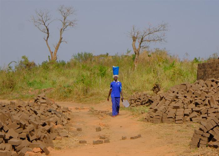 que-hacer-uganda-ladrillos